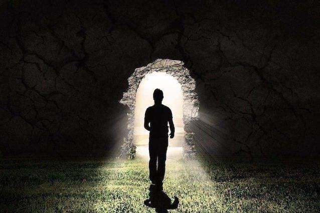 Aldilà – La società e la morte