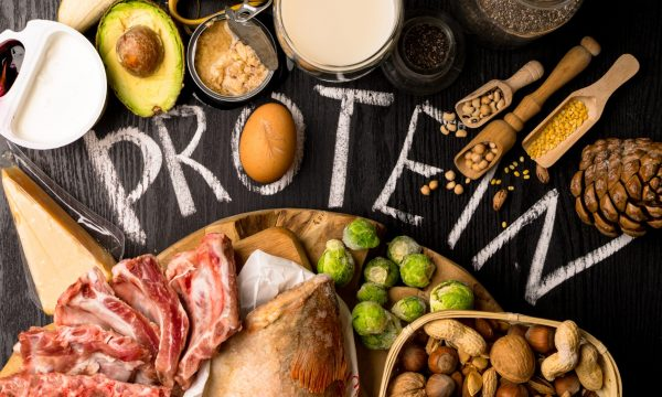 Alimentazione iperproteica: facciamo chiarezza